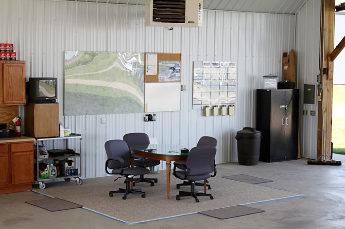 Airlake Aero Flying Club Hangar